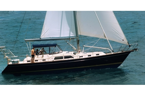 Island Packet New Flagship 525